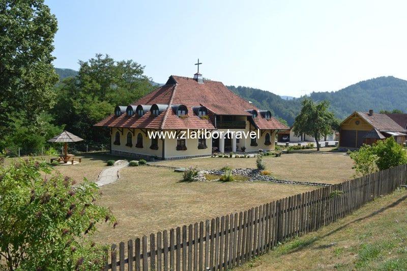 crkva-svetog-proroka-ilije-mokra-gora-1