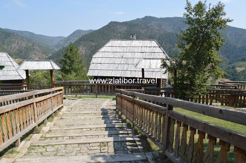 drvengrad-mecavnik-mokra-gora-36