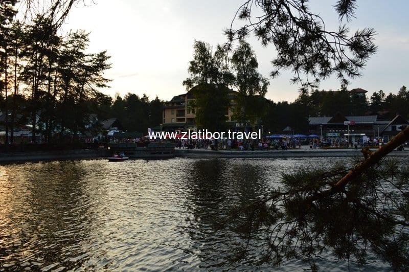 kraljev-tri-i-jezero-na-zlatiboru-avgust-2013-02