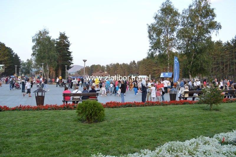 kraljev-tri-i-jezero-na-zlatiboru-avgust-2013-25