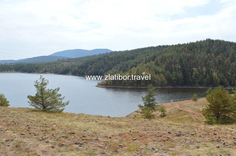 ribnicko-jezero-na-planini-zlatibor-03