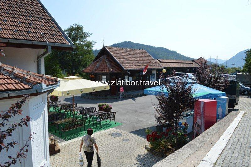 zeleznicka-stanica-sarganske-osmice-na-mokroj-gori-28