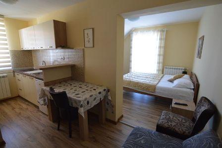 Apartman 4 | Vila Pogled na planinu